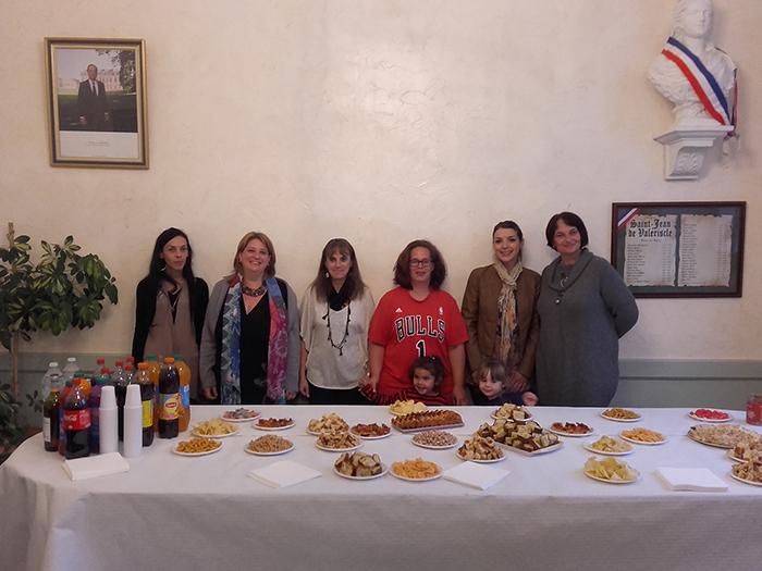 Les membres actifs du Sou avec la présidente Cécile Poncet, (2e en partant de la gauche)