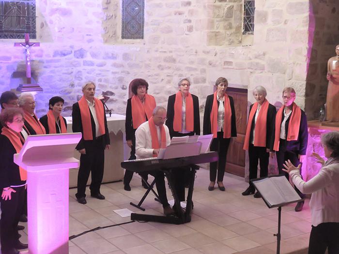 """La chorale """"Arc en ciel"""" de Gignac a animé le concert de Noël de la 22e saison """"Musique et Vieilles pierres"""""""