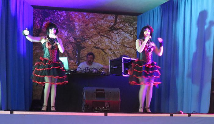 Lydia Moréno et Marion ont animé cet après-midi cabaret