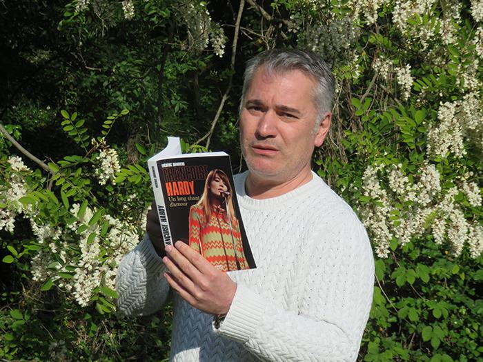 Frédéric Quinonéro présente sa dernière production : une biographie de Françoise Hardy