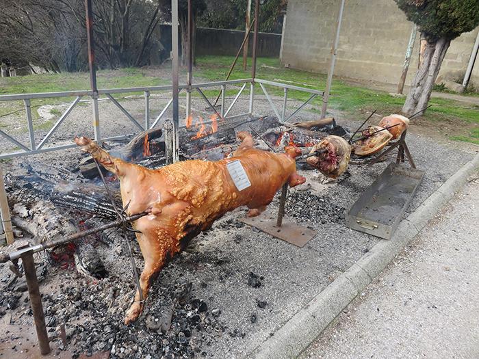 La viande est maintenant bien dorée