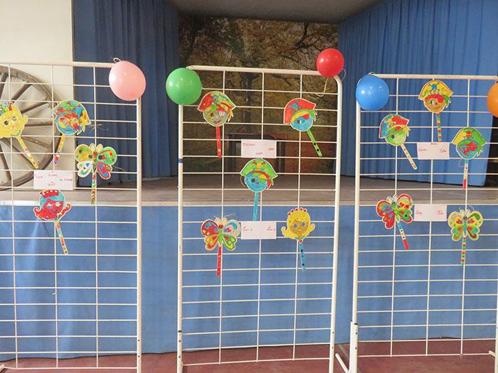 Exposition des masques réalisés à l'école