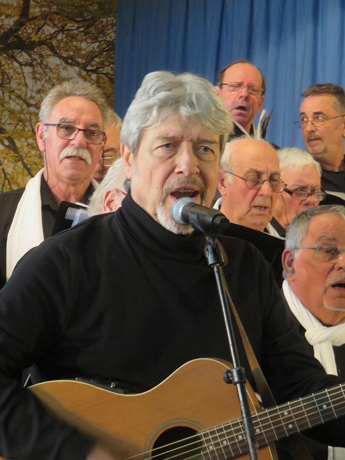 Gilles Dreu a chanté d'abord en soliste